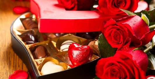 Что подарить девушке на День святого Валентина: мужские идеи