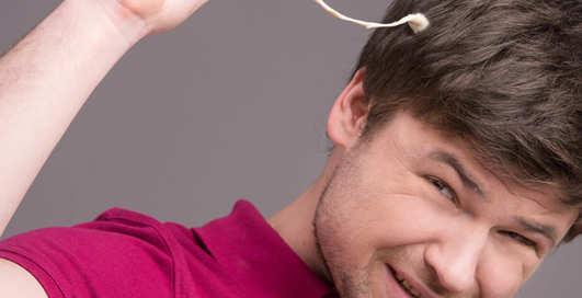 Липкие лайфхаки: как избавиться от прилипшей жвачки
