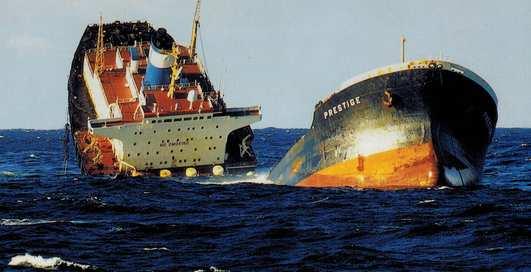 Крушения нефтяных танкеров: 5 самых масштабных