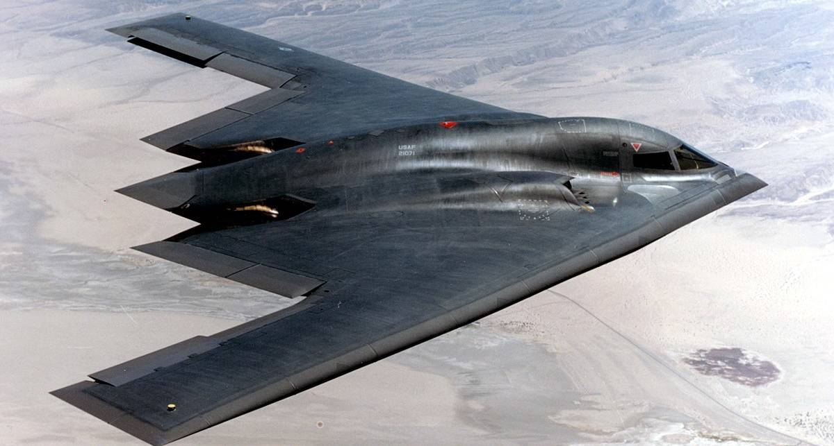5 действующих самолетов с технологией стелс