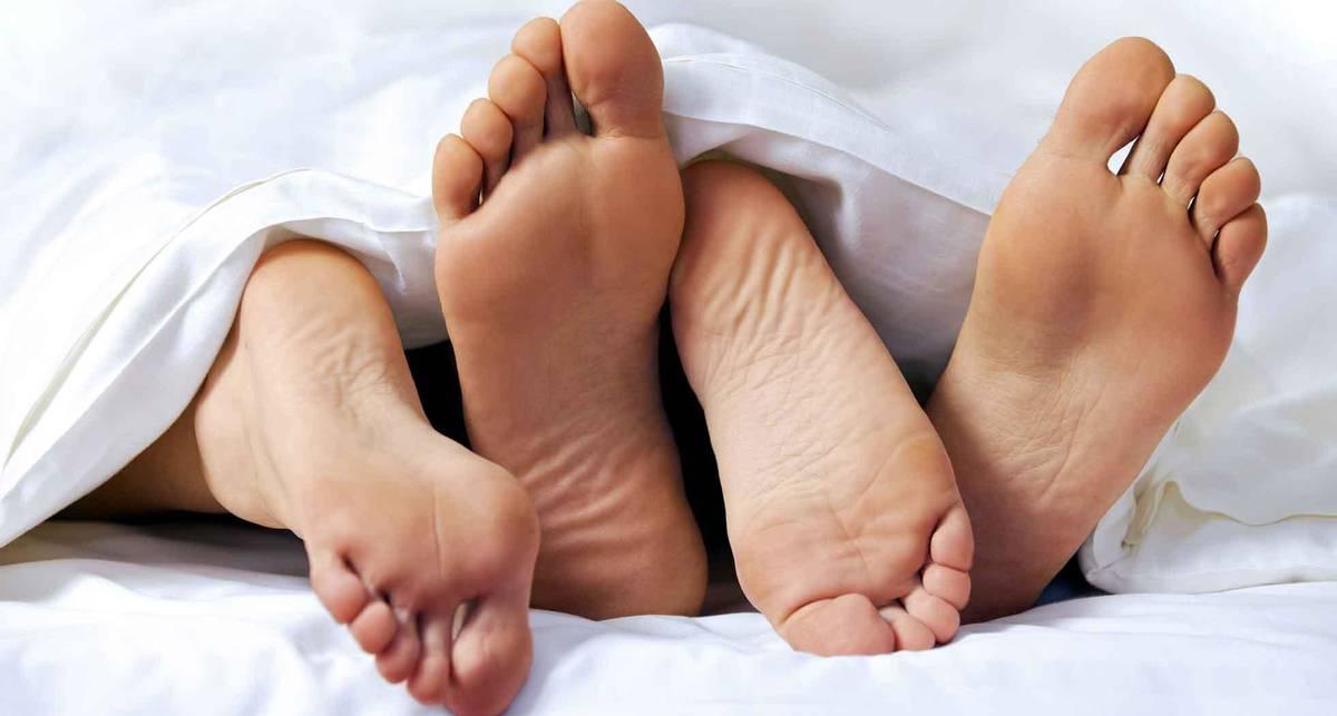 Исследование: успешные отношения зависят от первого секса