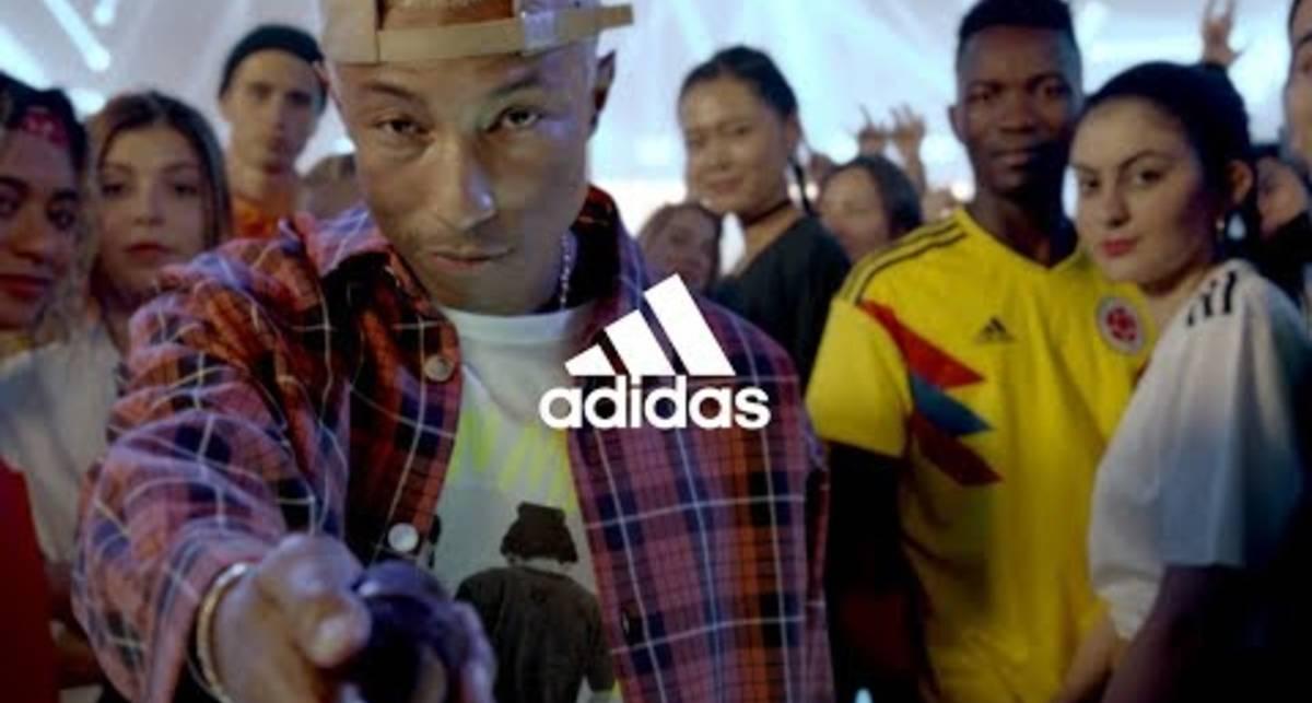 Adidas представил два