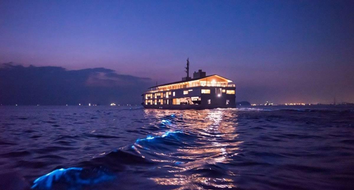 Guntu: плавучий отель, на котором можно отдохнуть от жены и ребенка