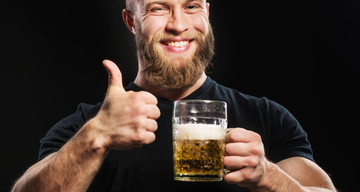 Мужской лайфхак: как сделать шампунь из пива