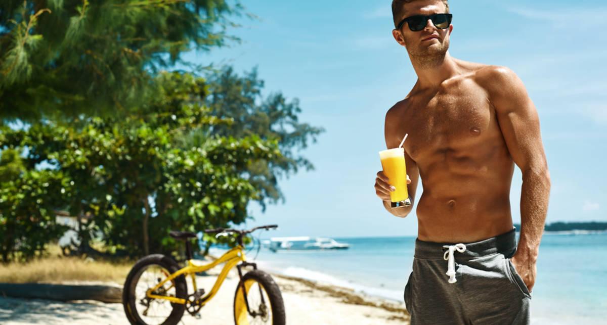 Долой алкоголь: 4 причины не пить на пляже
