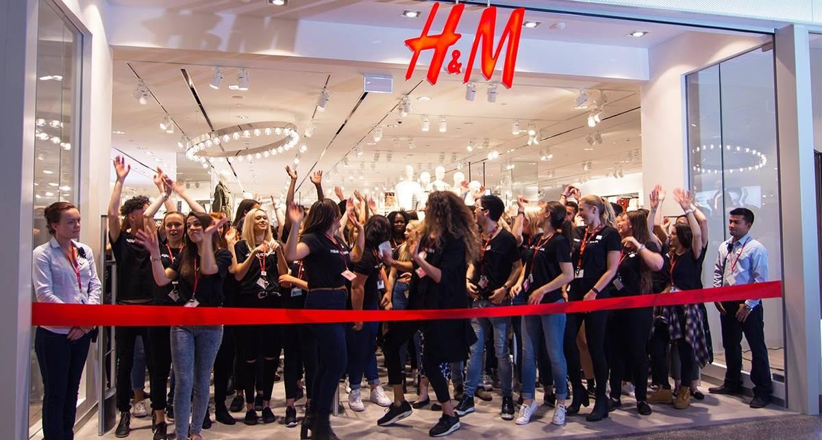 H&M назвал дату и время открытия первого магазина в Украине