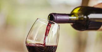 8 вкусных и полезных лайфхаков с вином