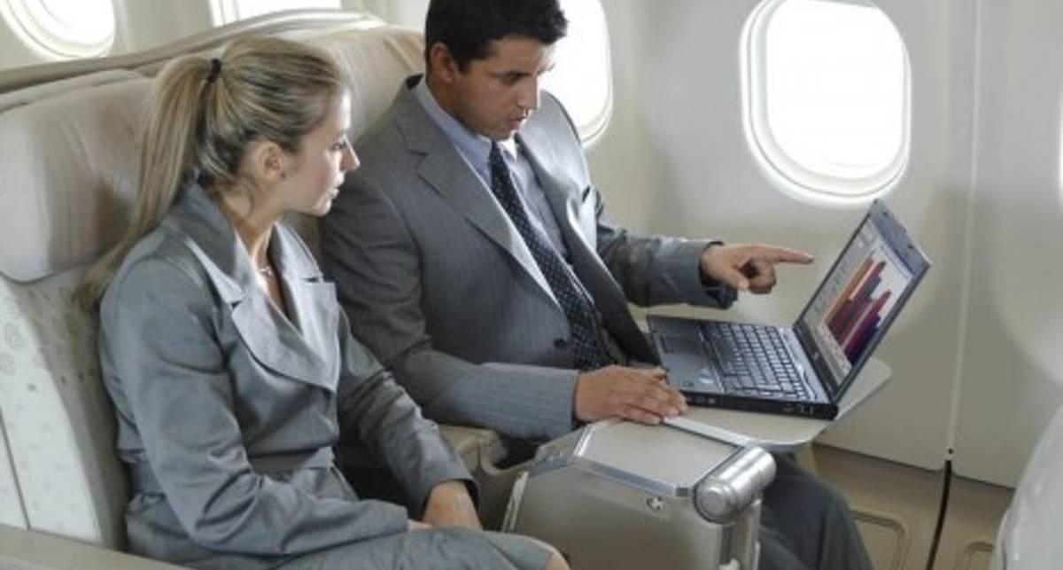 В МАУ рассказали, когда на борту самолетов появится интернет
