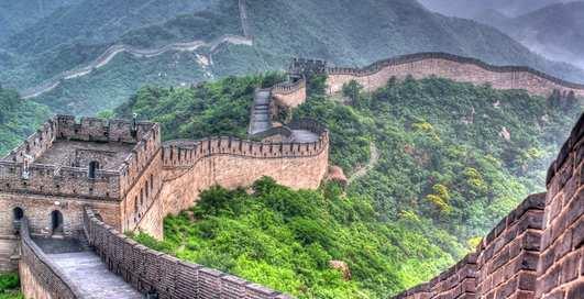 Конкурс от Airbnb: как выиграть билет на Великую китайскую стену