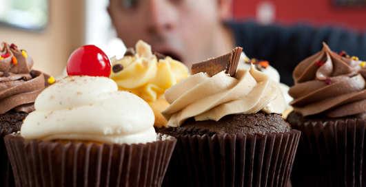 """""""Сладкие лайфхаки"""": кекс в чашке и домашняя карамель"""