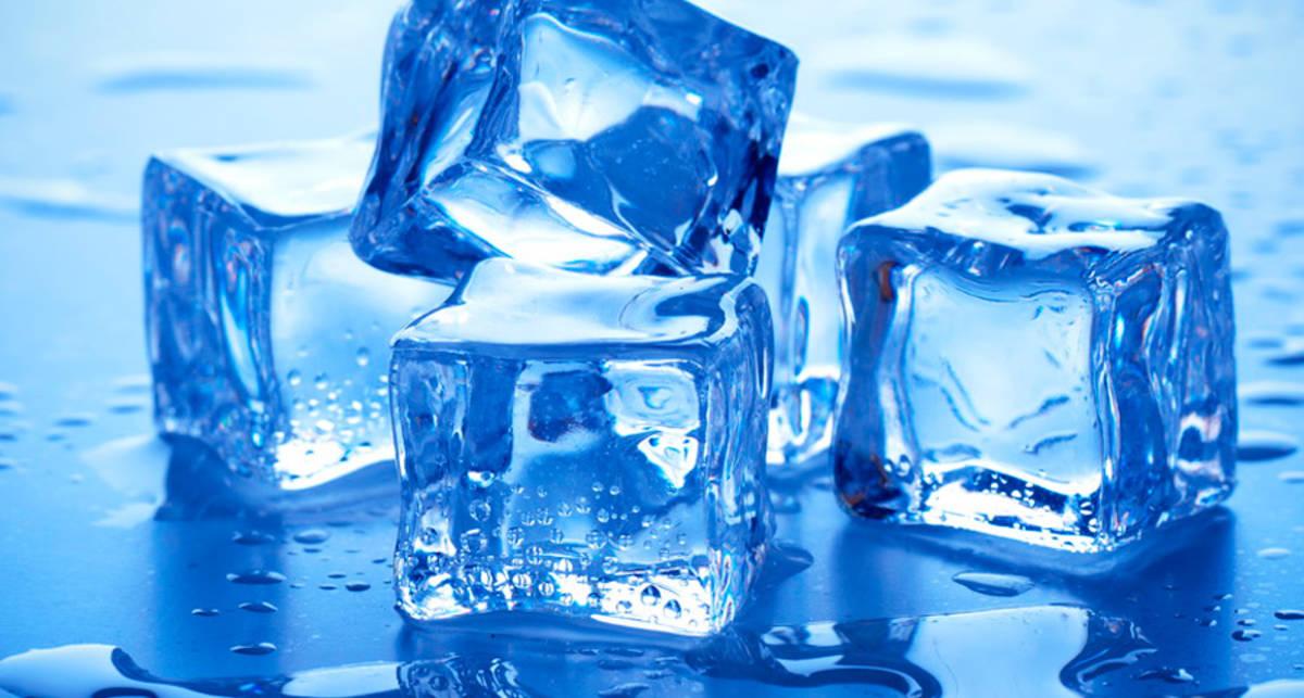 Лайфхаки со льдом: замена кондиционеру и сладости