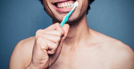 Можно ли использовать отбеливающую зубную пасту и в чем её вред