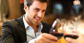 Ученые рассказали, как алкоголь влияет на творчество