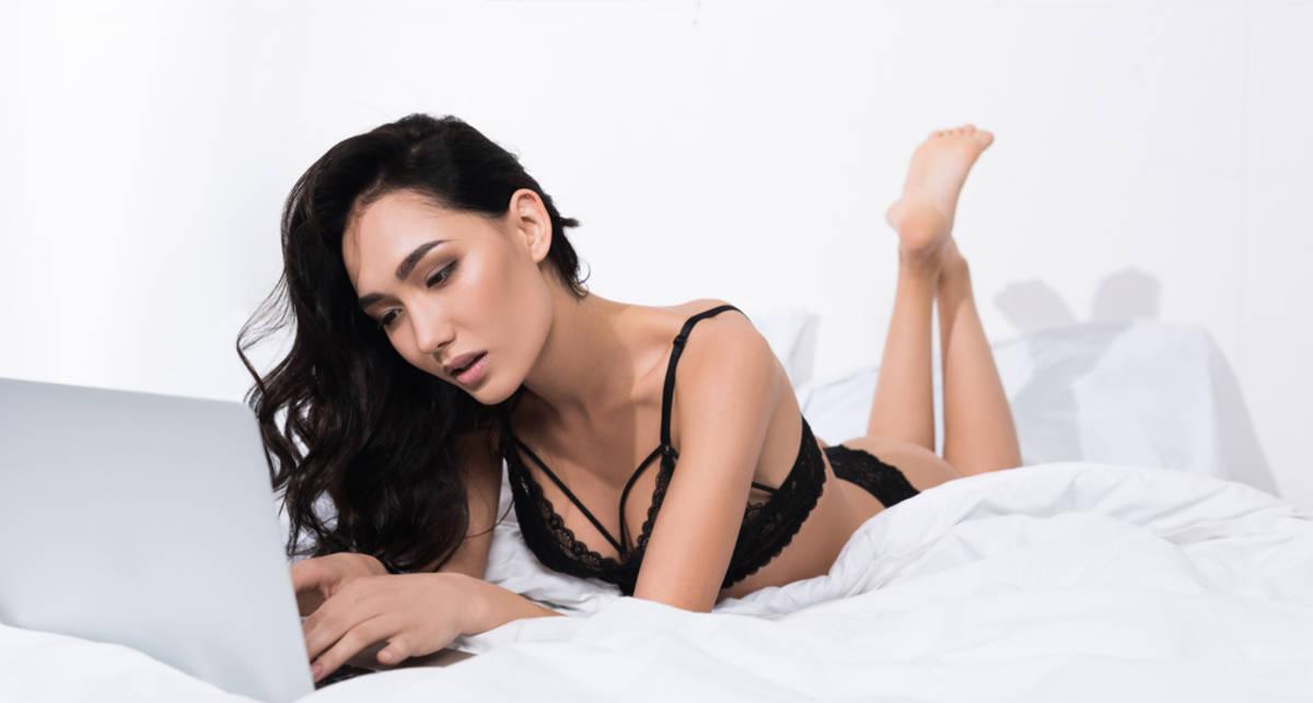 Ученые рассказали, сколько людей занимаются сексом по переписке