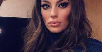 Красотка дня: пышнотелая модель Эшли Грэм