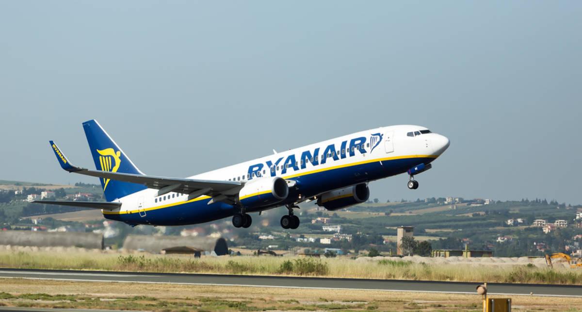 Лоукостер Ryanair станет чаще летать в Украину