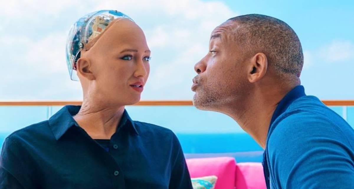 В Украину приедет всемирно известная робот София