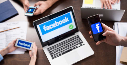 """Facebook """"сливает"""" рекламодателями ваш номер телефона"""