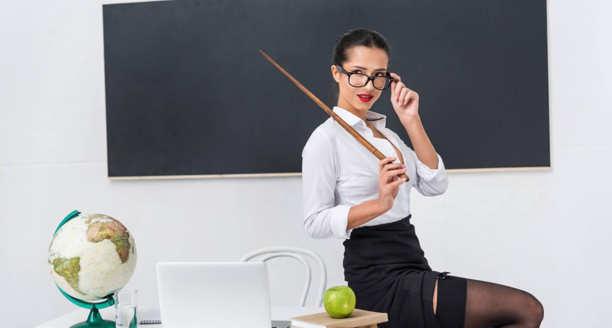 5 учительниц, которые соблазнили своих учеников