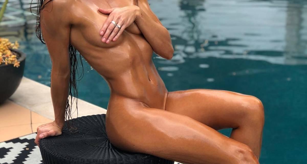 Идеальное тело: Голая фотосессия фитнес-модели Стефани Мари