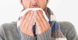 4 продукта, которыми не стоит лечиться при простуде