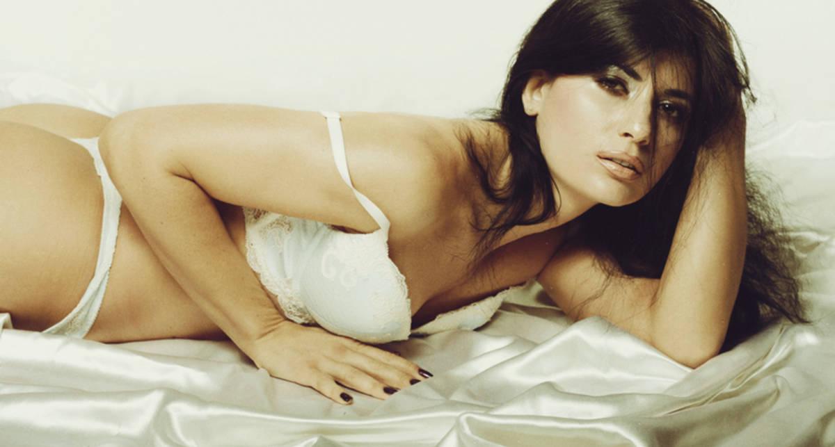 Украинская модель Инна Микитась показала обнаженные фото