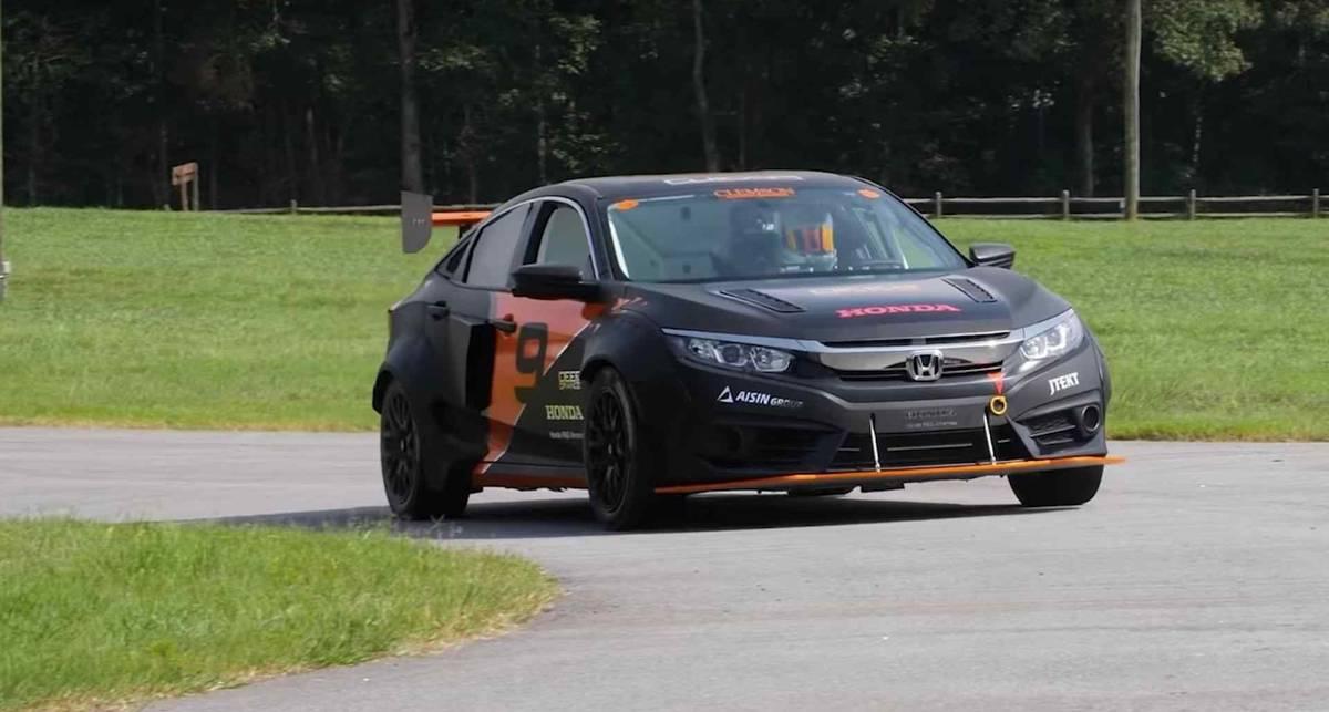 Из Honda Civic сделали спорткар как для Формулы-1
