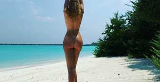 Голая Оля Полякова показала фото с отдыха на Мальдивах
