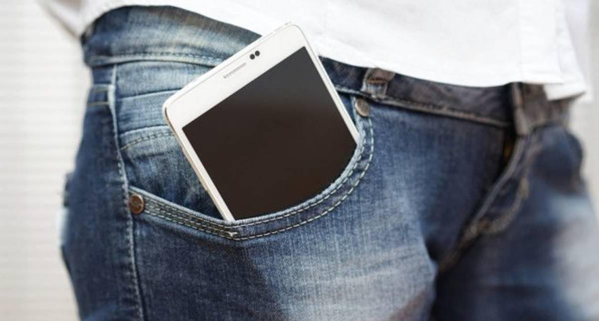 Почему карман брюк - это самое опасное место для хранения телефона