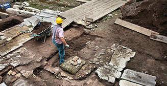 В Китае обнаружен древний сосуд с рисовой водкой