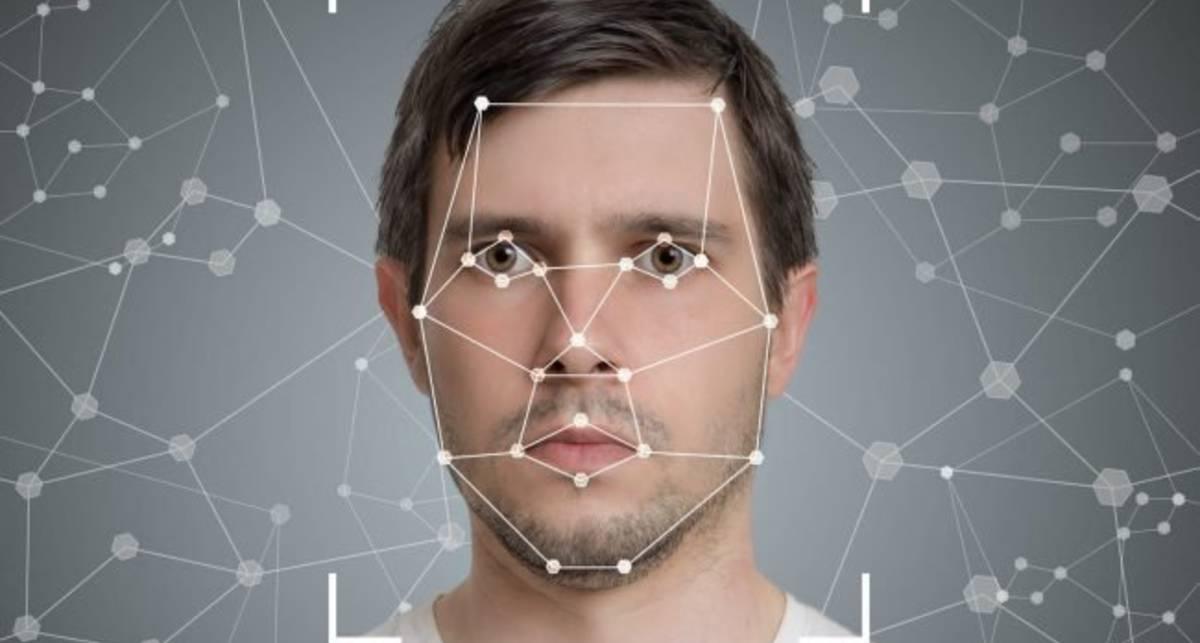 Технология-расист: ИИ в Китае счел преступниками невиновных из-за лиц