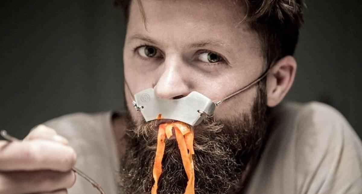 Пуаро одобряет: дизайнеры придумали щит для усов