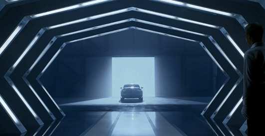 Нейросеть написала сценарий к рекламе Lexus ES