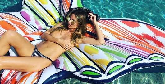 45-летняя Хайди Клум обнажилась на отдыхе