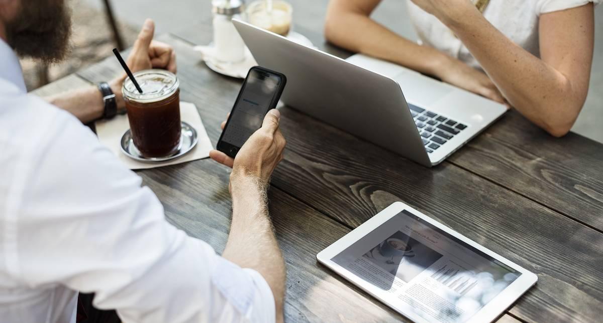 Как перестать отвлекаться на телефон: 5 действенных советов