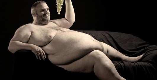 Британцы массово уменьшают грудь