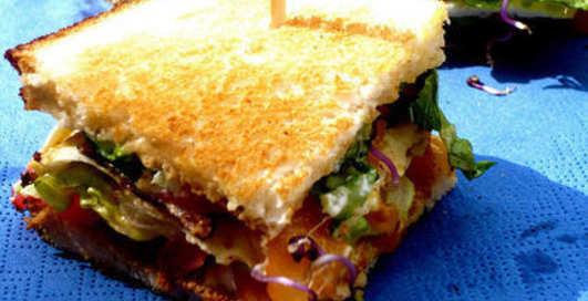 Готовим клаб-сэндвич от Джуда Лоу