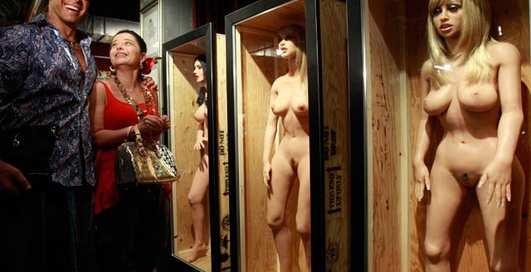 Музей точки G: Москву захлестнул секс