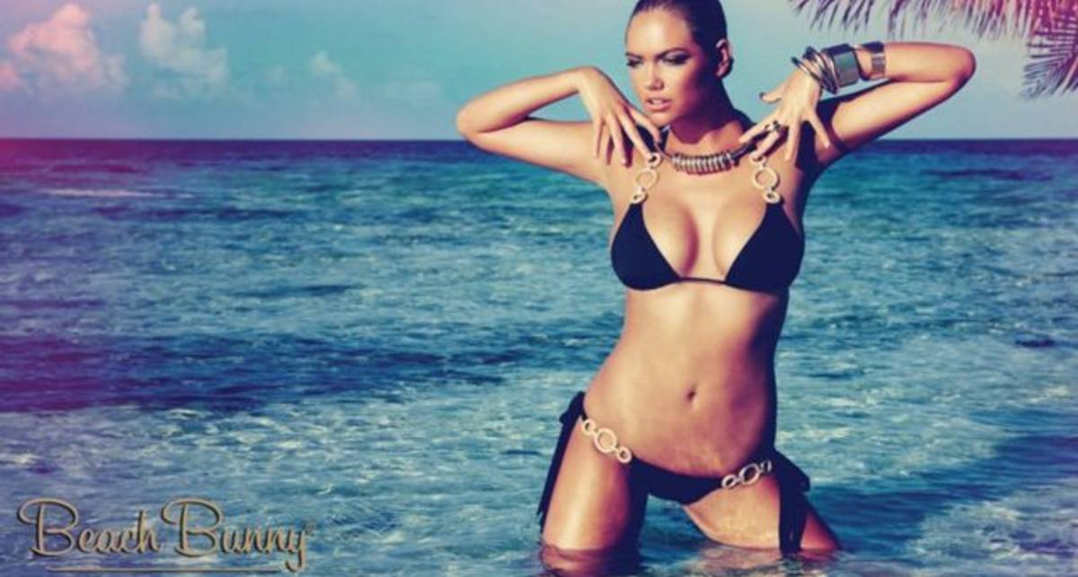 Из пены морской: тело года в рекламе купальников