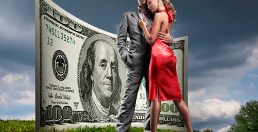 Если девушка с деньгами, будет секс на стороне