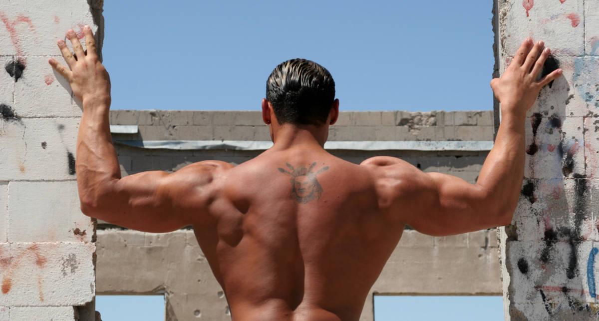 Качаем спину: виды становой тяги