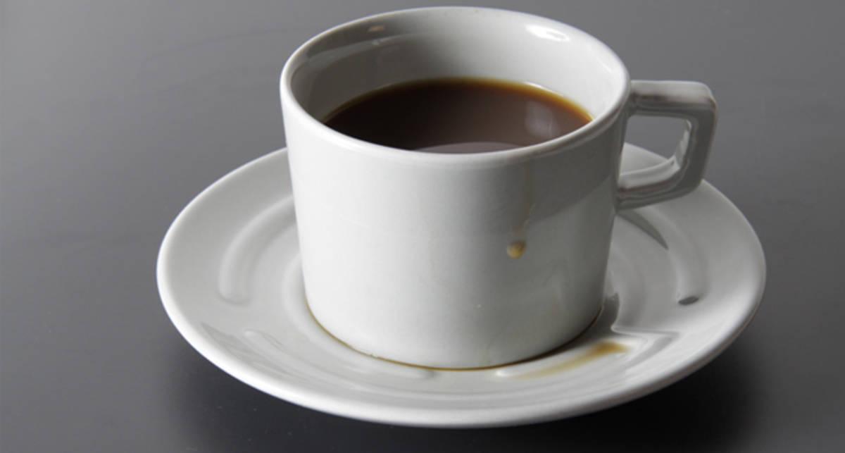 Блюдце-лабиринт: пролей кофе с интересом