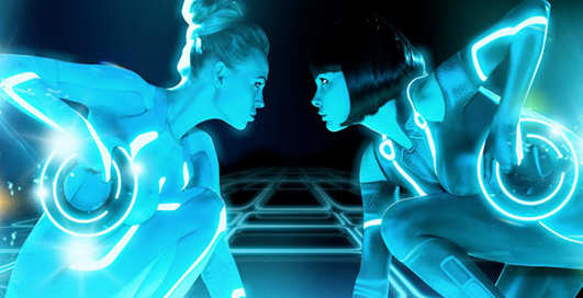 Playboy снял киберэротику по мотивам Трона (видео)