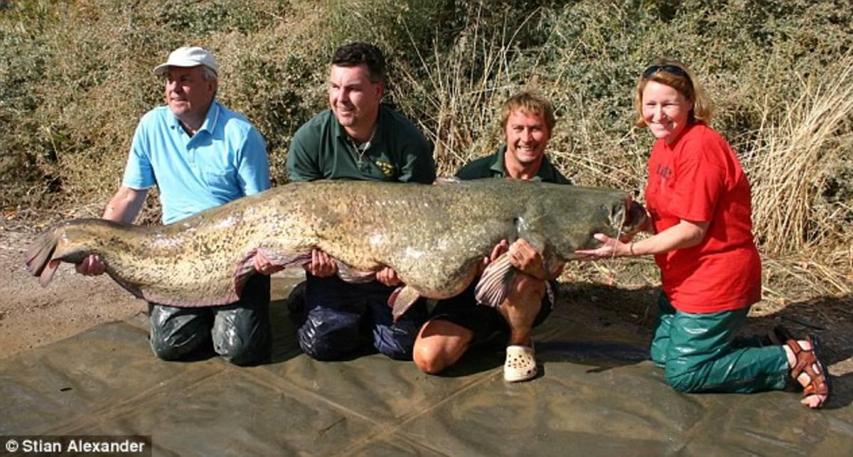 Слепая женщина стала рекордсменом по рыбалке