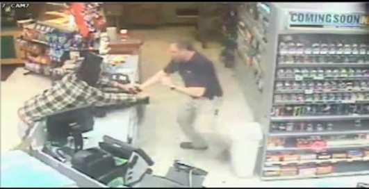 Грабитель магазина забыл паспорт на полу