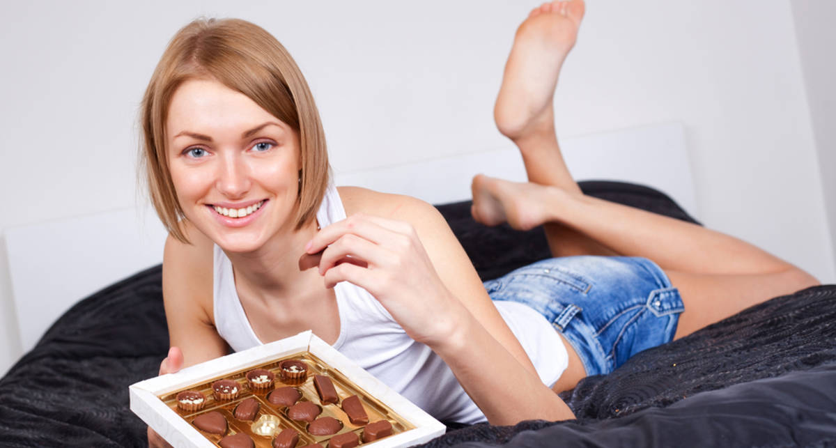 Шоколад женщинам милее, чем секс