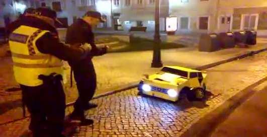 Костюм Трансформера: напугай полицию!