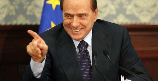 Берлускони поймали на секс-играх