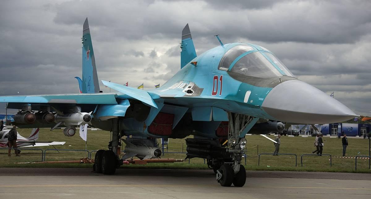 Россия полетела на новых Су-34