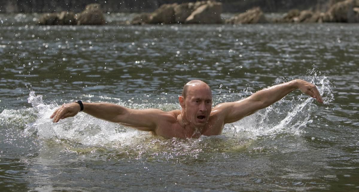 Путин рассказал, зачем рыбачил голышом